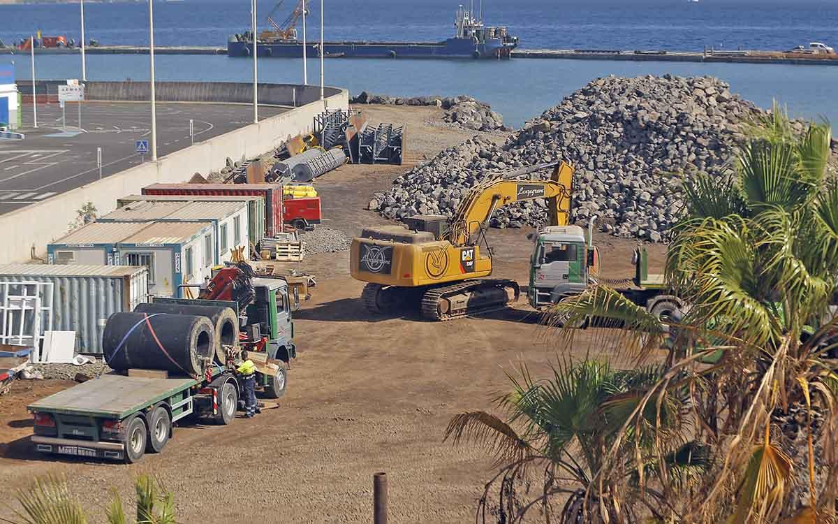 Trece medidas para generar empleo y reactivar la economía de Tenerife