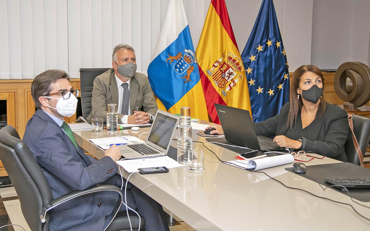 Elisa Ferreiras se compromete a una nueva estrategia en favor de las RUP adaptada a la situación actual