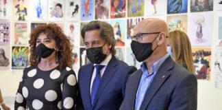 Un momento del acto de presentación de la exposición 'Ilustradoras & Ilustradas'./ Cedida.