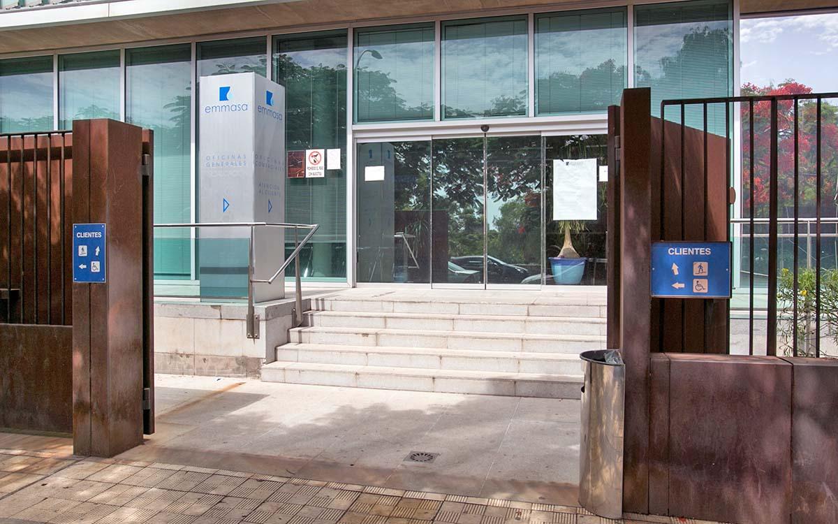 El juez mantiene la orden del Ayuntamiento a EMMASA de detener los pagos a Sacyr