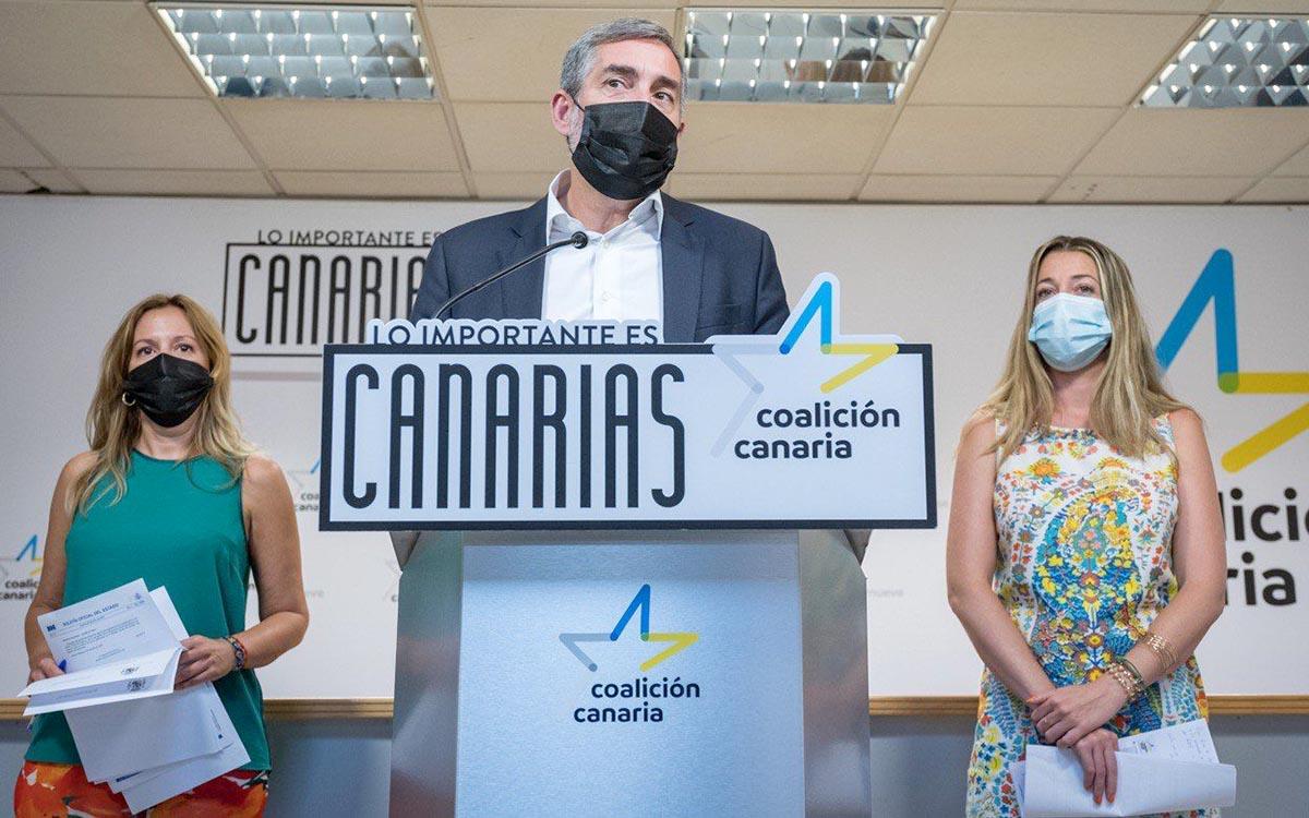 CC-PNC denuncia que NC y PSOE han certificado su traición a Canarias