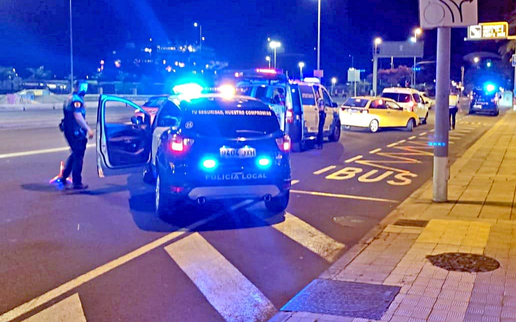 """La Policía Local de Santa Cruz tramita 37 infracciones por """"botellón"""" en la última semana"""