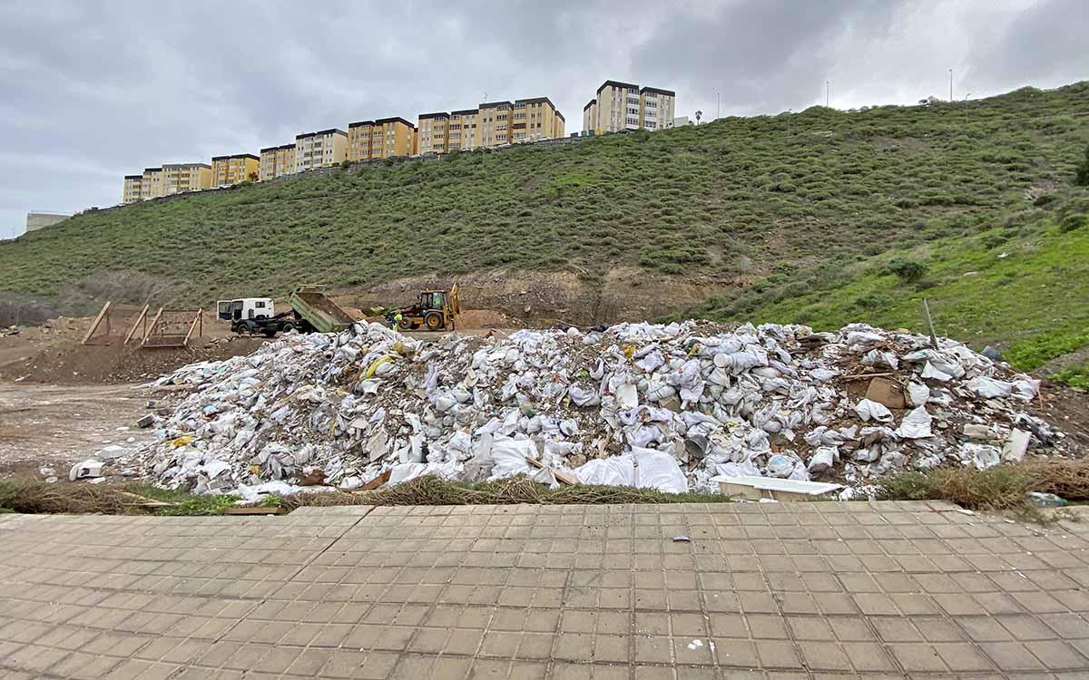 El PP pedirá explicaciones sobre la contratación de la empresa que desmantela el vertedero ilegal de El Lasso