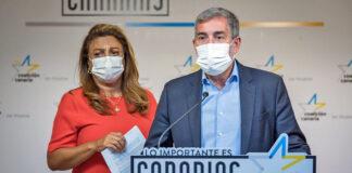 Un momento de la rueda de prensa ofrecida hoy por Fernando Clavijo y Cristina Valido./ Cedida.