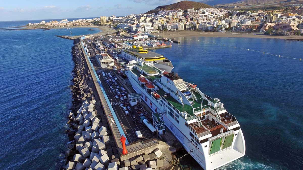 CC Tenerife apuesta por utilizar fondos europeos para resolver el colapso de Los Cristianos frente a Fonsalía