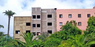 Exterior del Centro de Salud de Tacoronte./ Cedida.