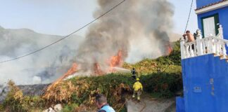 Incendio ayer en La Orotava./ Twitter @LaOrotava