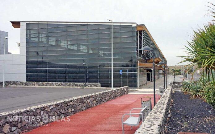 Terminal 2, Aeropuerto Tenerife Sur./ © Manuel Expósito.