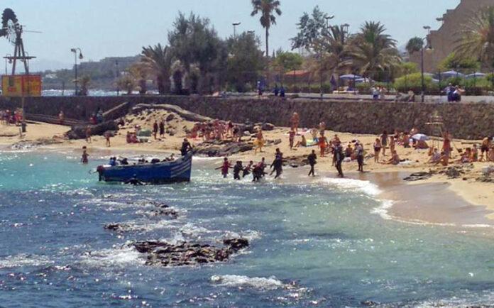 Llegada de patera a Lanzarote./ Cedida.
