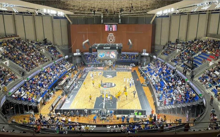 CC-PNC solicita mejoras en el Santiago Martín y lamenta la mala imagen ofrecida en la Supercopa de baloncesto