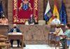 Rafael Yanes expone el Informe Extraordinario sobre Centros de Atención Residencial para personas mayores en Canarias./ Cedida.