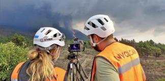 Personal del INVOLCAN trabajando en la erupción de Cumbre Vieja en La Palma./ INVOLCAN.